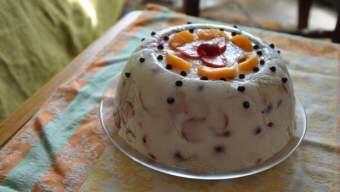 Желатиновий торт з фруктами