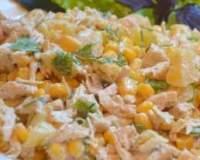 Салат з кукурудзою і м'ясом